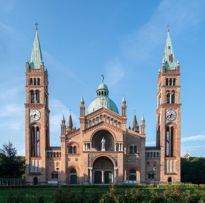 20.11.01 Antonskirche_Wien, Chiesa Sant'Antonio, Favoriten - Copia