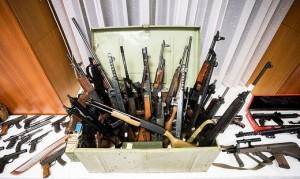 20.12.14 Armi sequestrate da polizia