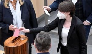 21.02.05 Sigrid Maurer, capogruppo Verdi in Parlamento