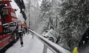 21.05.26 Kremsbruecke, soccorso auto uscita di strada