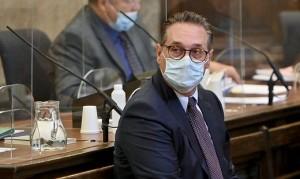 21.07.10 Heinz-Christian S trache imputato per corruzione