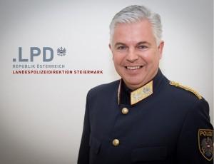 21.07.13 Mag. HR Alexander Gaisch - Copia