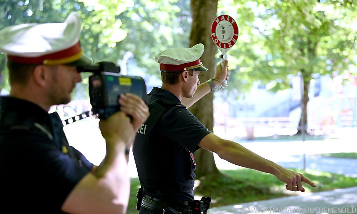21.09.01 Polizia stradale, eccesso velocità