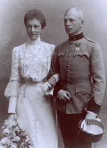21.09.02 Elisabeth Marie Absburg (Petznek) con Otto von Windisch-Graetz