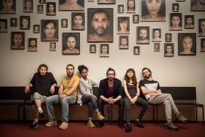 Alcuni dei componenti dell'Exile Ensemble del Gorki Theater di Berlino