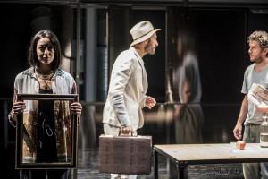"""""""L'indifferenza"""" al Teatro i di Milano"""