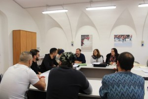 Un seduta di lavoro in carcere di Stefano Tè con i detenuti