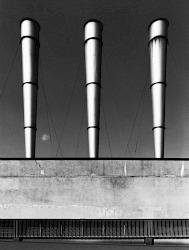 """""""Milano 1978-1980. Da Ritratti di fabbriche, il mio primo progetto sulle periferie urbane. Dicono a volte che non c'è l'uomo, che sono immagini che non prendono posizione. Ma questo è lo spazio creato dall'uomo. E per come la vedo io, misurare questo spazio umano è infinitamente più necessario che giudicarlo""""."""