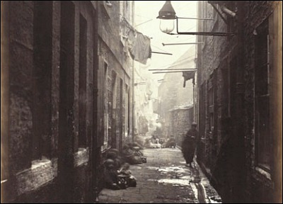 Thomas Annan, Glasgow, Close No. 80, High Street, 1868