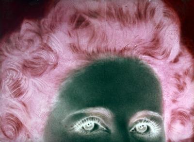 """Elaborazione di Ando Gilardi da negativo di Ghitta Carell, dalla mostra """"Ghitta Carell. Grande in negativo"""" a cura di Elena Piccini, Patrizia Piccini e Fabrizio Urettini"""