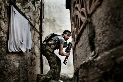 Fabio Bucciarelli, Battle to Death, Aleppo, Siria, 2012 @ Fabio Bucciarelli, premio Ponchielli 2013