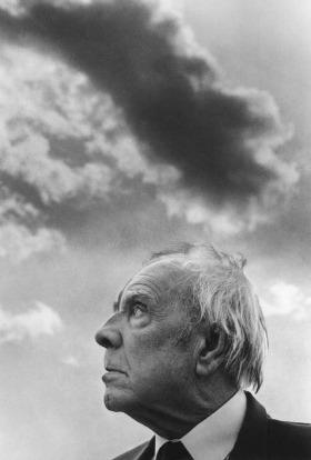 Jorge Luis Borges, Palermo, 1984.  © Ferdinando Scianna/Magnum Photos/Contrasto.