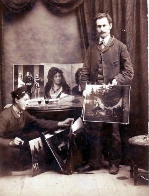 L'ambulante Giovanni Fietta in una foto di studio di fine Ottocento