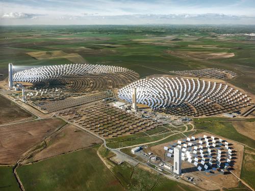 28. FotoIndustria 2019 Anthropocene_Edward Burtynsky_Solar Power Plant