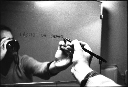 34. Sul treno Milano-Venezia 1973