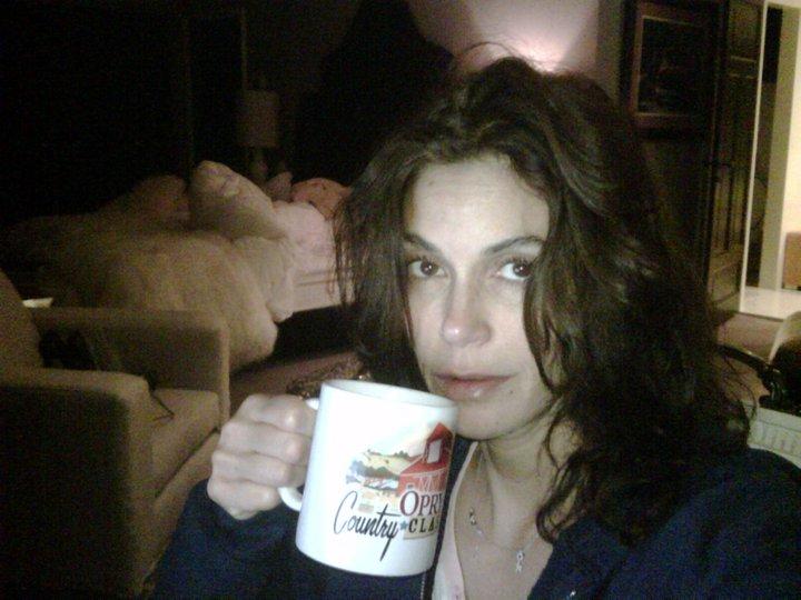 Teri Hatcher - Non riesco a dormire e prendo un té