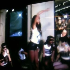 She dance
