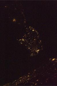 Per gli amici sardi, eccovi la Sardegna di notte!  Credit: ESA/NASA
