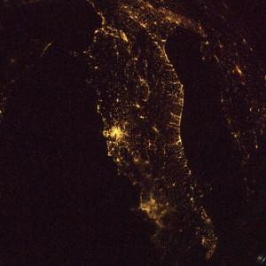 Firenze, Roma, Napoli e la costa adriatica  Credit: ESA/NASA