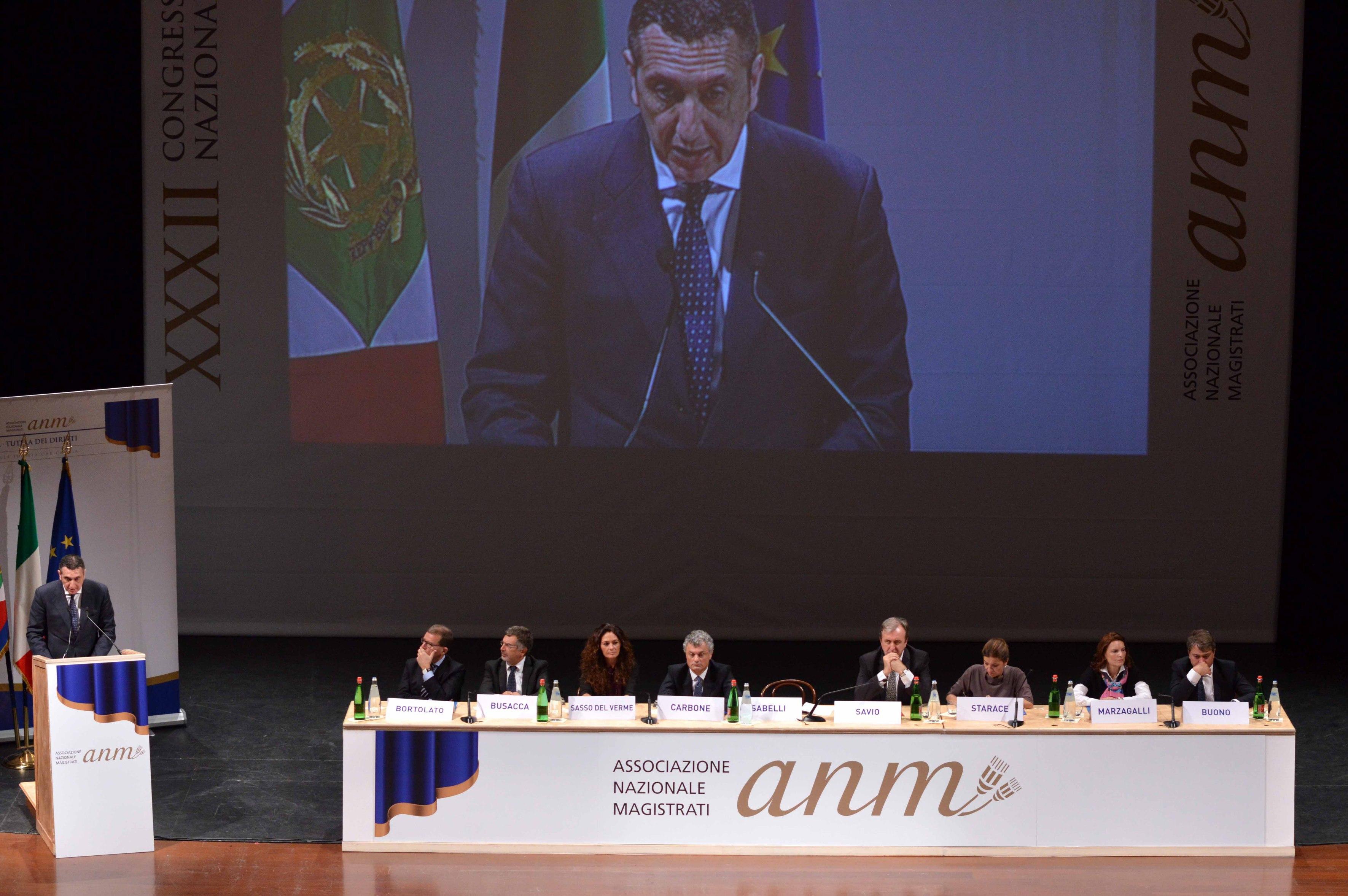Bari - Convegno ANM Giustizia Economia al Teatro Petruz