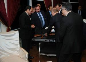 Putin con Al-Sissi, sul tavolo il regalo di Mosca