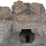 la tomba dei leoni