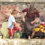 lavano i tappeti prima del ramadam