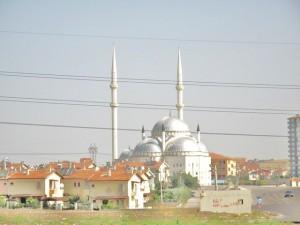 moschea di Sincan, sulla strada