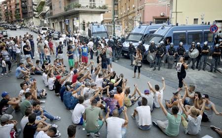 Amici e parenti di Davide manifestano a Napoli