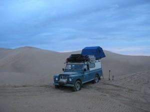 lando_nel_deserto