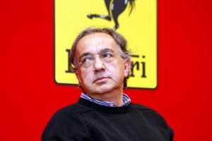Luigi  Esposito - Maranello Marchionne alla Ferrari si congratula con il team che ha contribuito alla vittoria di Vettel