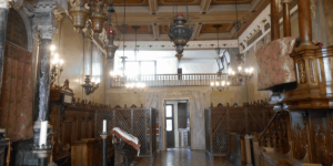 interno-sinagoga