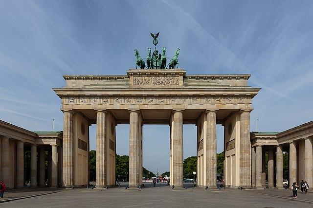 640px-Berlin_-_0266_-_16052015_-_Brandenburger_Tor