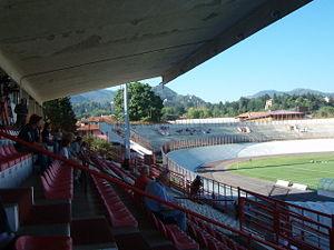 Suggestiva panoramica dello stadio di Varese. Sembra incredibile ma a volte dovremmo esser contenti di avere l'Euganeo.