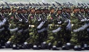 burma soldati in parata