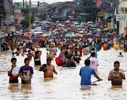 Acqua alta a Marikina City, Metro Manila (foto Reuters)