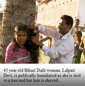 """Presunta """"strega"""" rapata in Bihar (foto humanrights.asia)"""