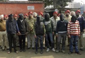 Una banda di stupratori nel Punjab indiano