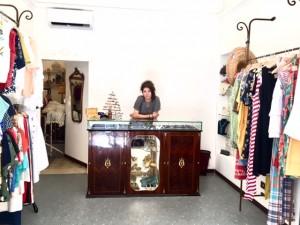 Chiara Pagliai nel suo negozio di via Guerrazzi