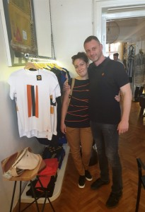 Ksenija Savicevic e da Matija Medjedovic in un concept store di Belgrado che ospita le loro creazioni
