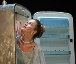 """Eva Robin's in """"Il frigo"""""""