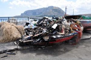 barche rifiuti mondello jr