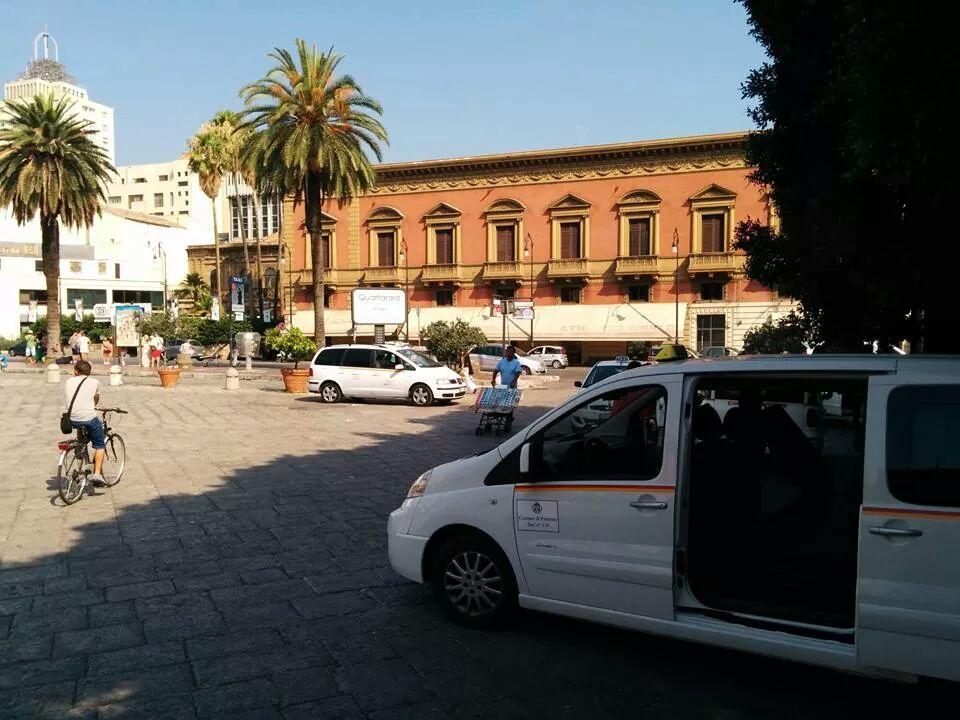 taxi piazza verdi isola pedonale