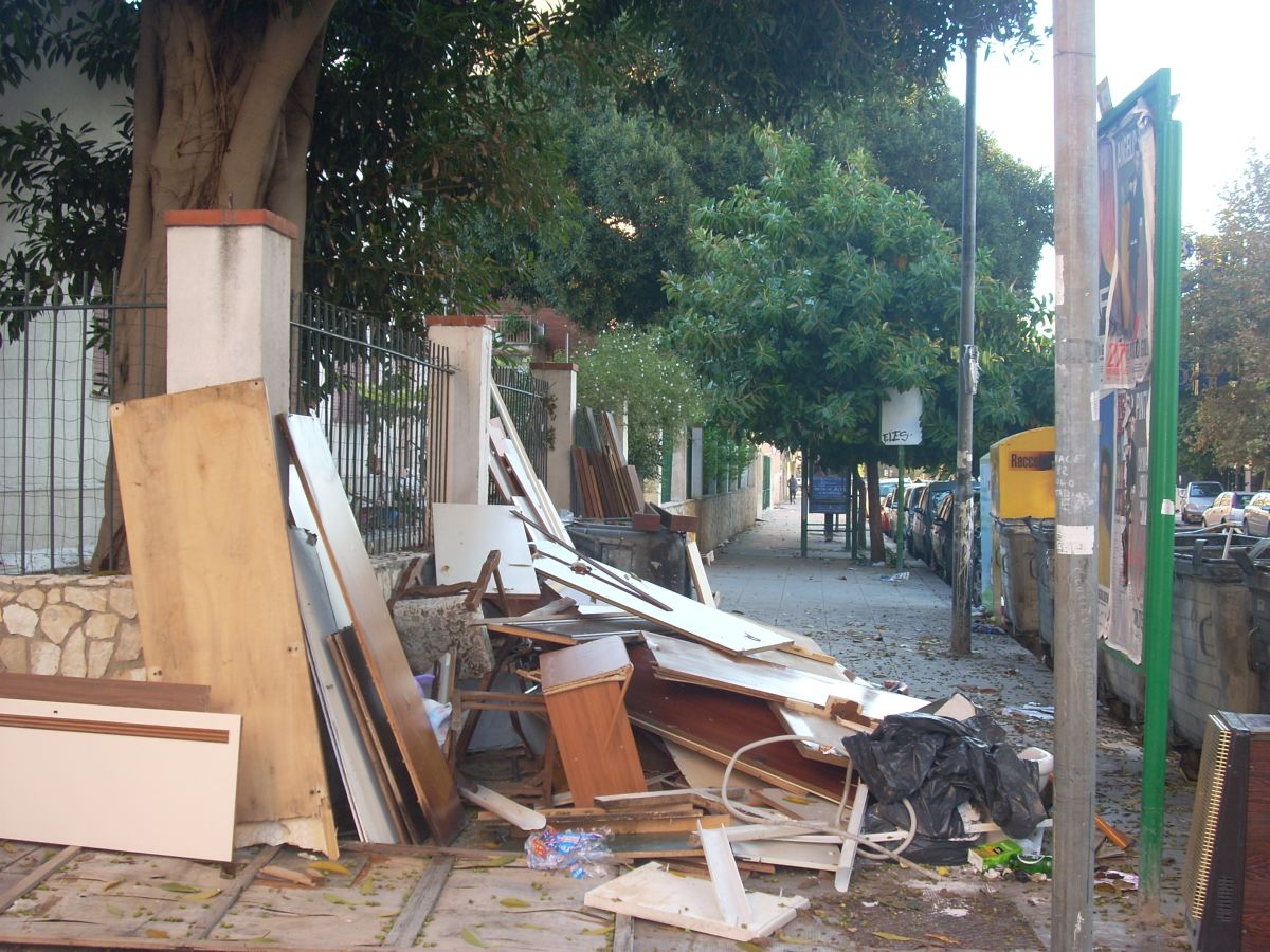 Palermo Spazzatura  2015 003