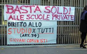 Protesta al Pirellone contro il finanziamento della scuola privata