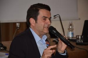 Giorgio Garbi - ex sindaco massimo de paoli intervistato al broletto per la sua ricandidatura
