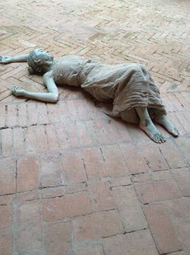 Opera e performance di Marilena Sassi - Foto di Patrizia Pozzi