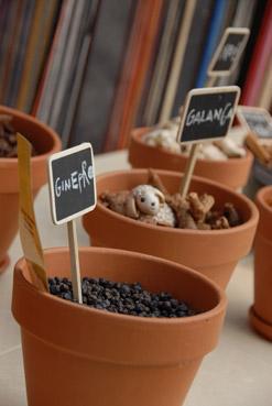 Riciclo creativo al Fuori Salone 2007 (Kitchen Garden) - Foto di Davide Forti