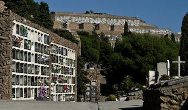 """Cimitero di Montjuic a Barcellona - da """"www.upload.wikimedia.org"""""""