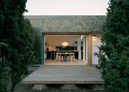 Juniper-House-by-Murman-Arkitekter_dezeen_784_0